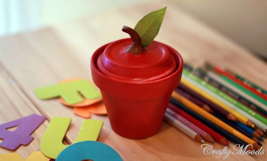 Crafty Moods - Terra cotta pot turned into apple jar. This would be great for teacher's appreciation week.
