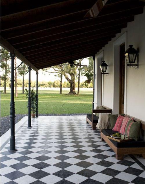 Argentina blanco y negro and hijos on pinterest for Pisos para porches de casas