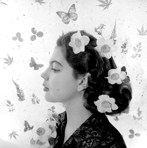 kafkasapartment:  Princess Ira Von Furstenberg (April, 1955). Cecil Beaton. Silver gelatin print
