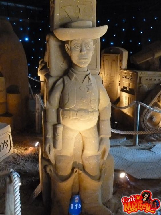 #disney #sand sculptures cafemickey.com [photo character central]