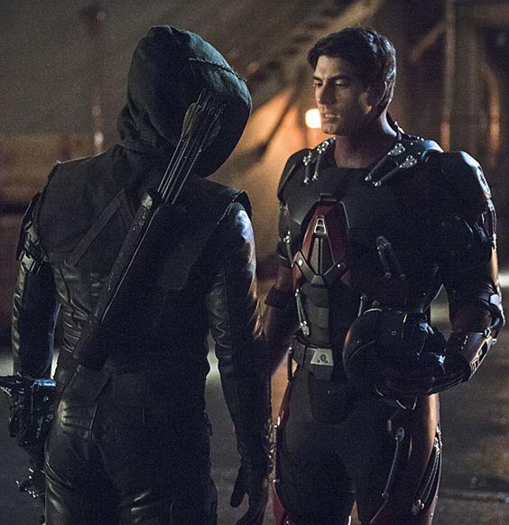 Arrow 3x17 - Atom vs Arrow