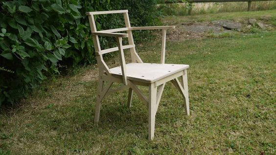 The startleychair is a CNC cut chair constructed from 18mm Birch plywood.