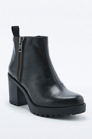 """Vagabond – Ankle Boots """"Grace"""" mit seitlichem Reißverschluss in Schwarz"""