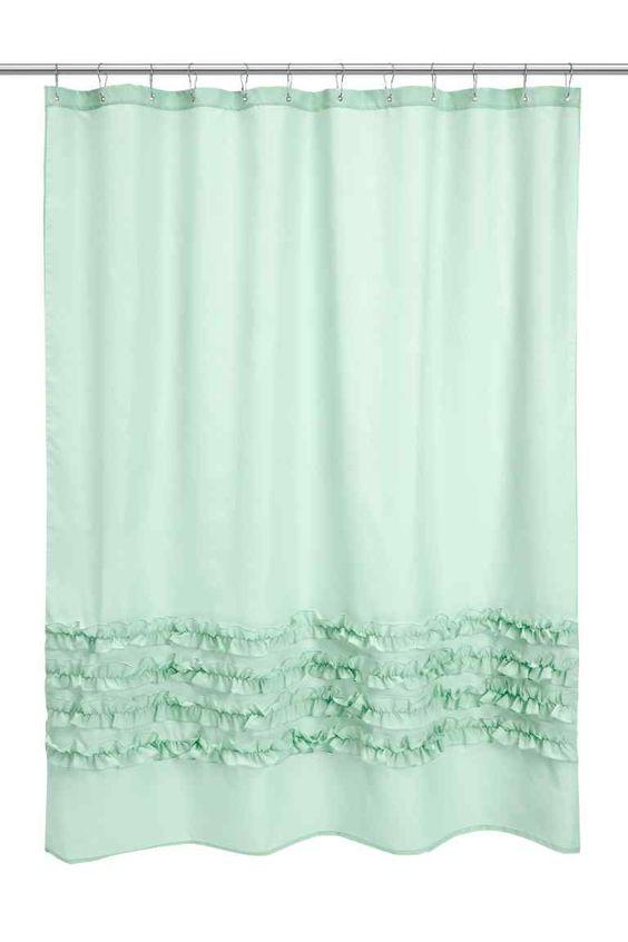 Rideau de douche: Rideau de douche en polyester déperlant avec volants décoratifs en bas. Œillets métalliques en haut. Anneaux vendus séparément.