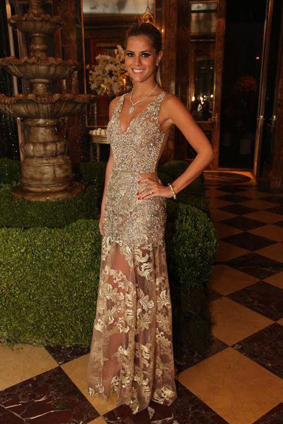 Lala Rudge maravilhosa vestindo Patricia Bonaldi: