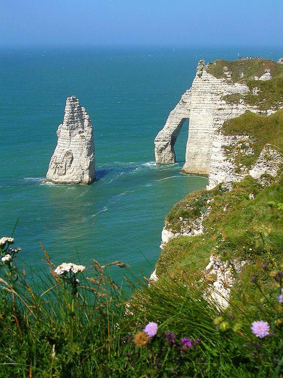 Sea Cliffs, Etretat, France -9 Most Beautiful Locations in World | My Hub http://orienttravels.com