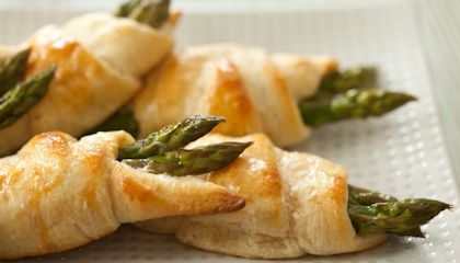 Asparagus and Cheese Crescent Rolls