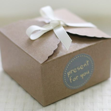 Versandkostenfrei whloesale 50pcs/lot 9x9x5cm Kraft Backpapier verpackungskasten mini welle Gebäck