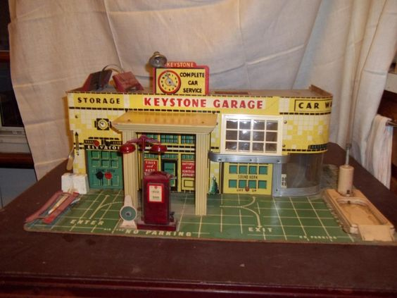 Vintage Toy Gas Station Car Cars Auto Retro Antique