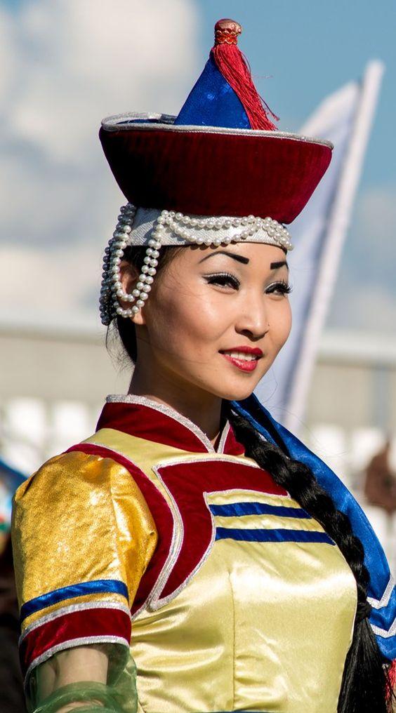 Tuvan women