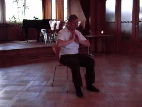 Tai Chi Tao im Sitzen: Selbstmassage