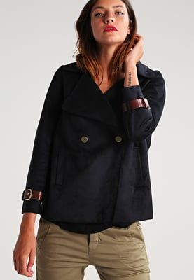 mint&berry Kunstlederjacke - navy blazer für 89,95 € (29.08.16)…