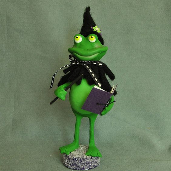 """""""When Spells Go Wrong"""" Frog witch art doll by A Piece of Lisa: Dolls Sculpts, Mm Dolls, Clay Figurines, Witch Dolls, Polymer Clay Fimo Animals, Art Dolls, Clay Crafts"""