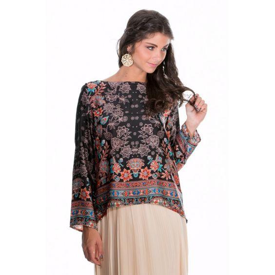 BLOUSE NOIR MOTIF FLORAL http://www.princesseboutique.com/236-tops-tee-shirts
