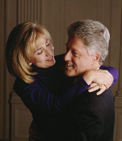Hillary And Bill Clinton, they look so happy (not)