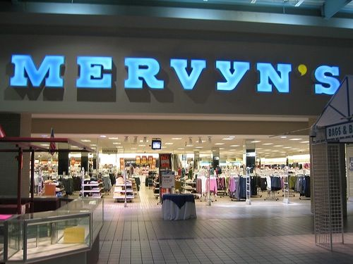 Who remembers shopping at Mervyn's?!