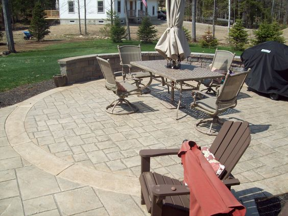 Stamped Concrete Patio With An Ashlar Slate Pattern