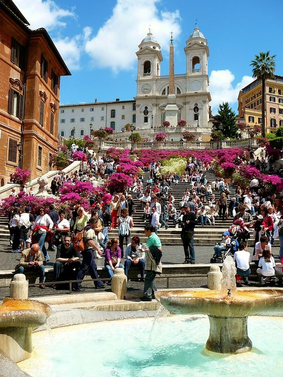Piazza Di Spagna (Spanish Steps) - Rome, Italy