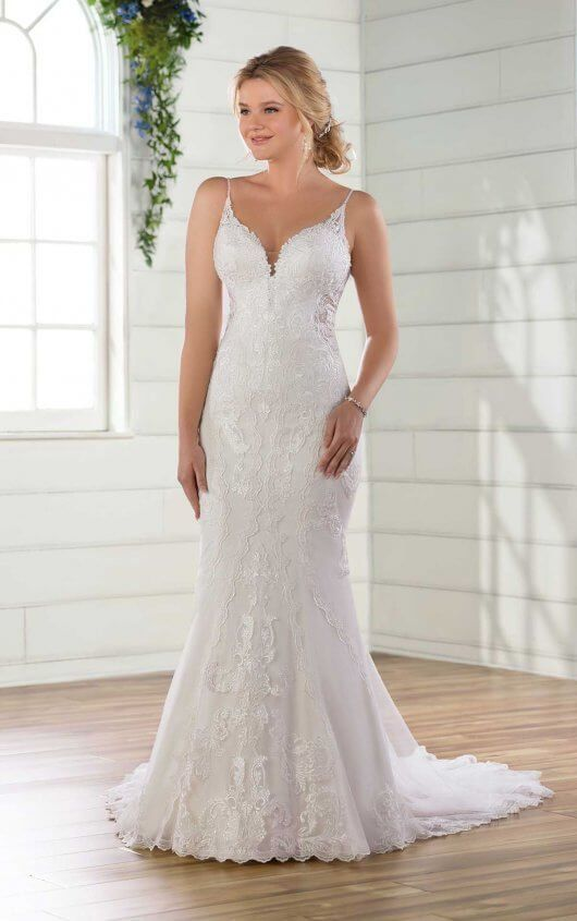 Lace Wedding Dress With Shoestring Straps Wedding Dresses Lace Wedding Dresses Wedding Dress Quiz