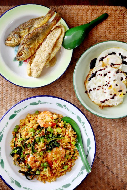 Bacon nasi goreng and malaysia on pinterest for Side dishes for fried fish