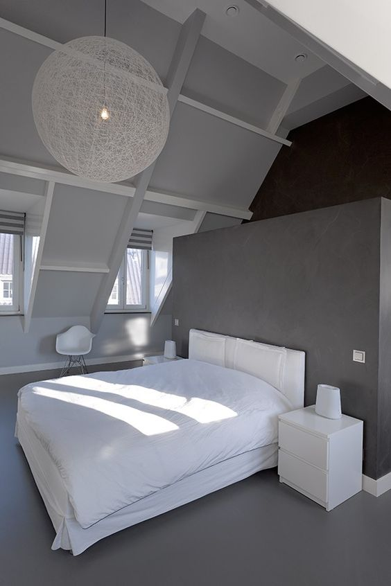 Voor meer inspiratie of slaapkamer - Balken grijs geschilderd ...