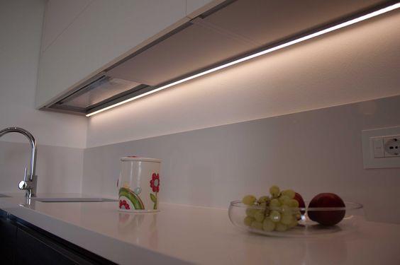 Barre a LED sottopensile per cucine | Lighting design | Pinterest ...
