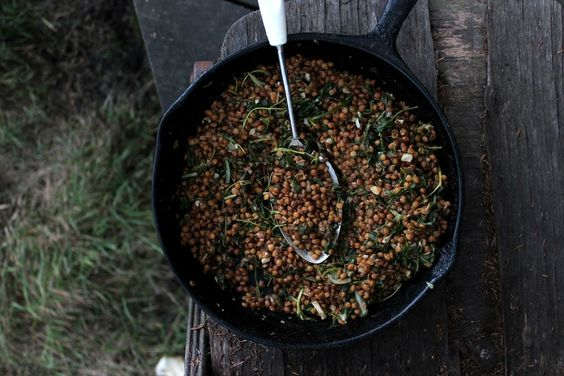 BUTTERED BALSAMIC LENTILS WITH SPINACH AND GARLIC – Petite Kitchen