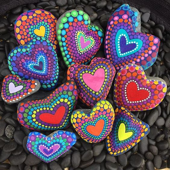Pointillist heart rocks - lovely