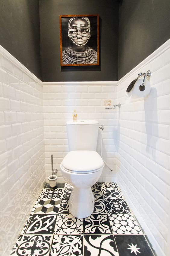 Toilettes en noir et blanc : Toilettes : on se lâche sur la déco ! - Journal des Femmes: