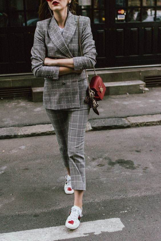 25+ Plaid Blazers to Shop Now | Ternos e tênis, Ideias fashion ...