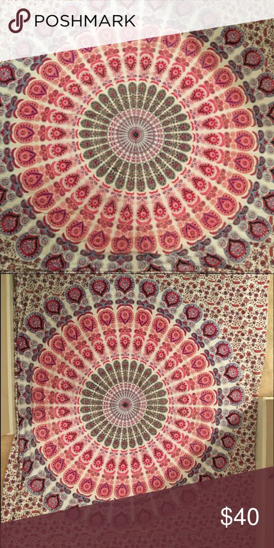 Colorful Tapestry Beautiful Tapestry for wall. Could also be used as a bed sheet. No stains, tears, or wear. Perfect condition and a beautiful decoration Accessories