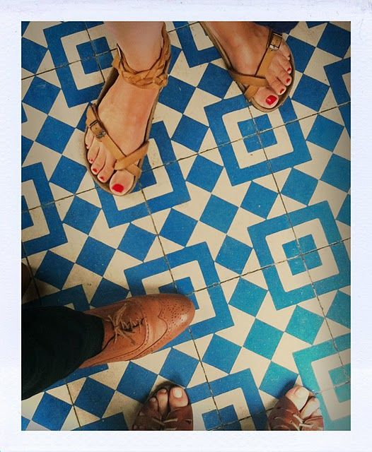 love the tile.
