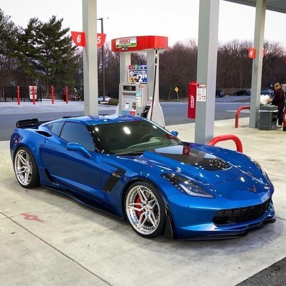 Pin By Michael Behrend On Chevyvettes Chevrolet Corvette Chevrolet Corvette C7 Corvette