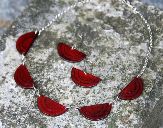 new line: semicircles necklace and earrings in marsala - color of the year