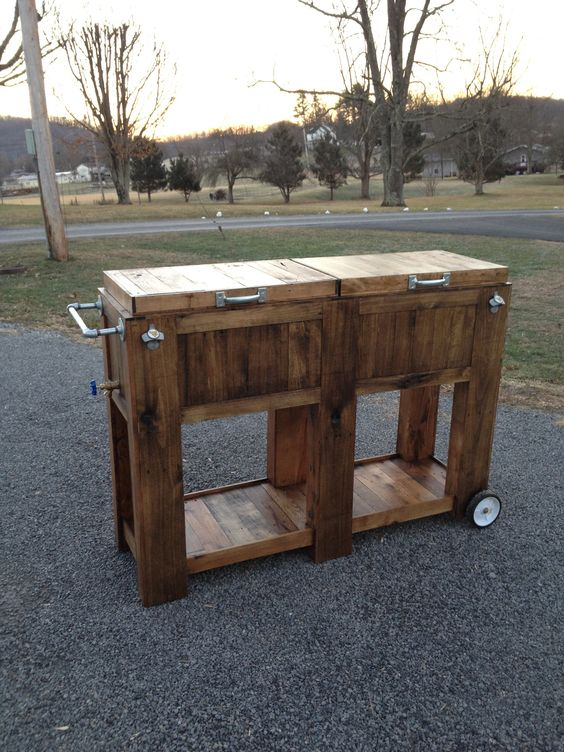 homemade double pallet cooler completed projects pinterest homemade lakes and diy and crafts. Black Bedroom Furniture Sets. Home Design Ideas