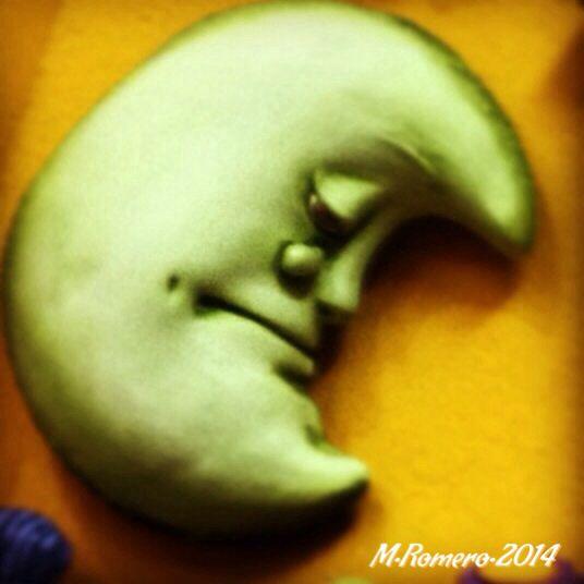 No llores Luna, Ecuador handcraft