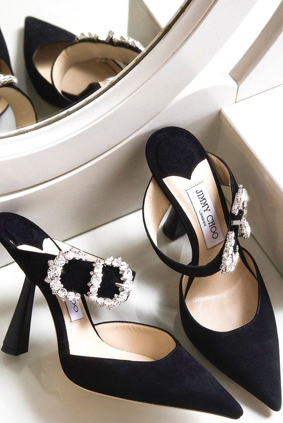 JIMMY CHOO END OF SEASON SALE IS ON! SHOES UP TO 40% OFF & AS LOW AS $210!