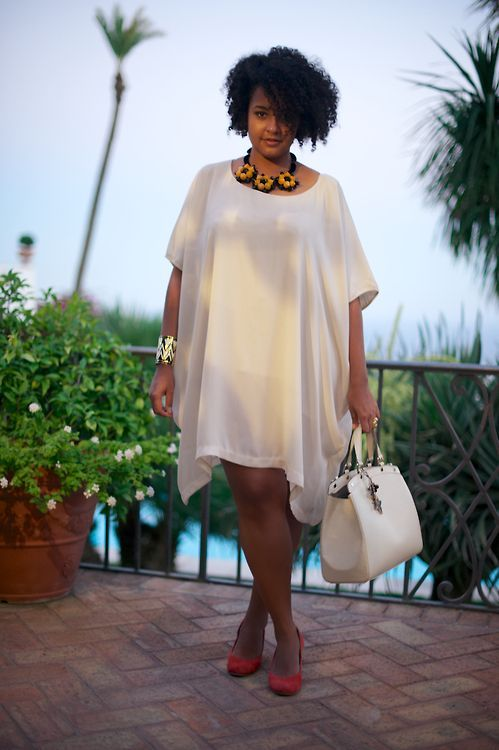 White plus size clothing lets them achieve all this and much more. They no longer have to worry about finding the right ensemble that goes well with their bodies.: