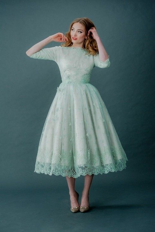 Enchanting Vintage Style Tea Length Wedding Dress Pattern - Wedding ...
