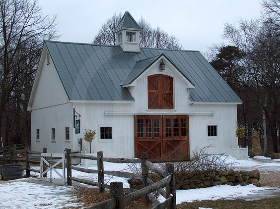 *sigh* This barn makes my heart full.  Building #b079 - Circle B Barn Company