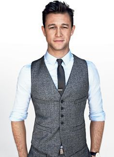 Joseph Gordon Levitt Wearing Charcoal Plaid Wool Blazer Waistcoat White Dress Shirt Black And Polka Dot Tie Wedding Suits