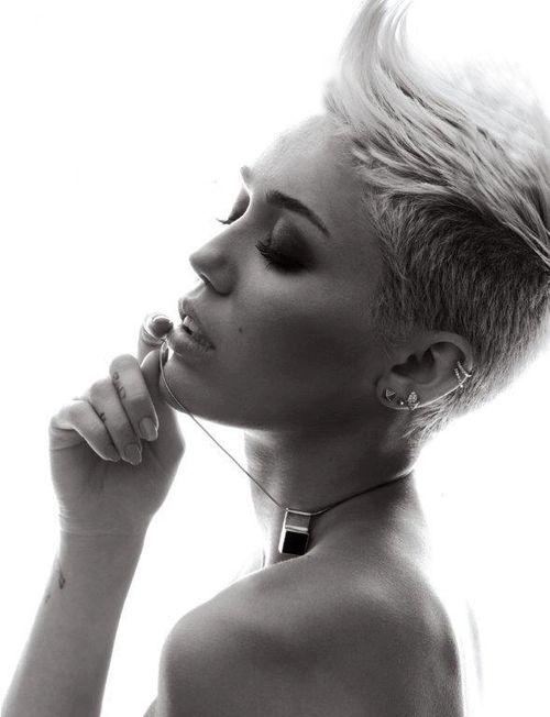 Miley Cyrus - photoshoot