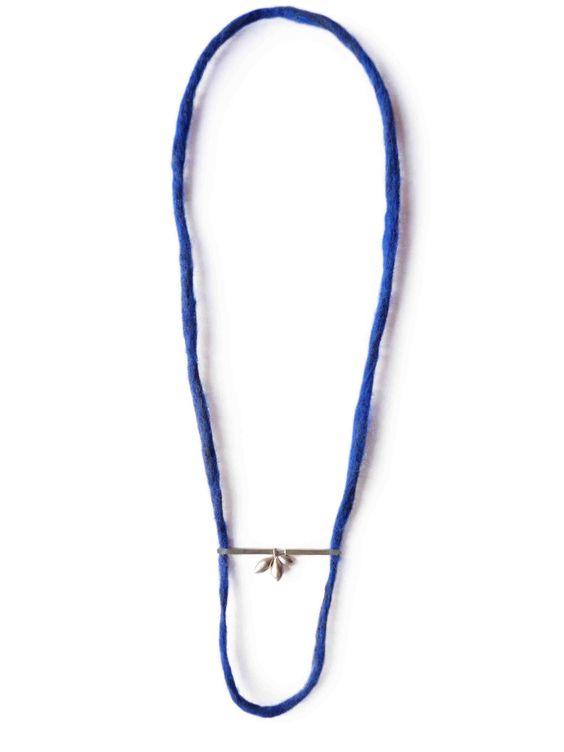 """Marion Lebouteiller - """"Sepiola necklace I"""" - Sterling silver, felt.:"""