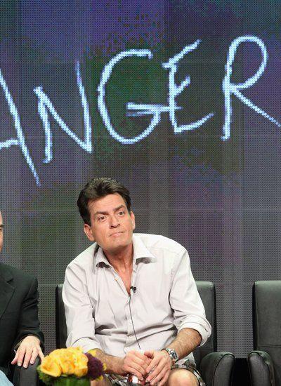 """2012 Charlie Sheen stellt seine neue Serie """"Anger Management"""" vor."""