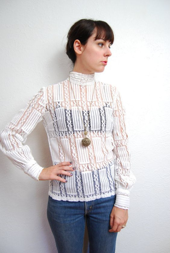 vintage 1970s / white lace / Edwardian style / cotton / by YeYe, $26.00