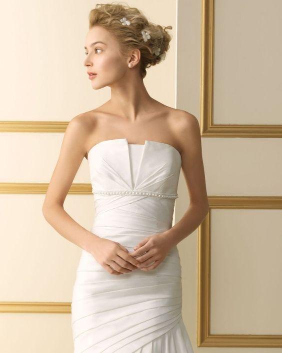 120 TARANTO / Wedding Dresses / 2013 Collection / Luna Novias (close up)