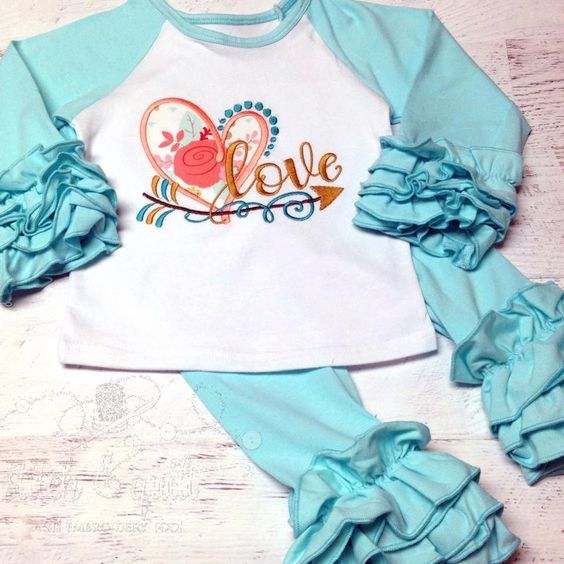 Girls Valentines Day Outfit, Baby Valentines Day Outfit, Valentine Baby, Toddler Valentine, Valentine shirt, Ruffle outfit for Valentine by StitchandQuilt on Etsy