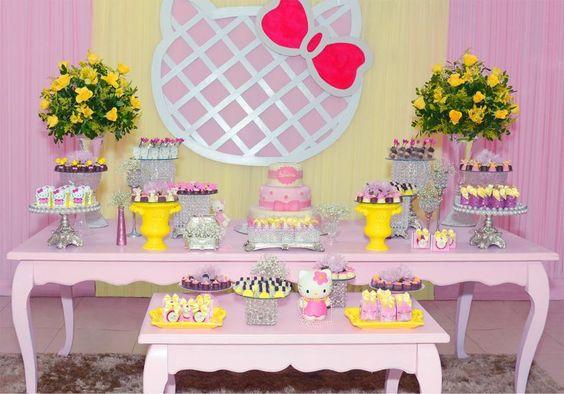 Decorao de festa infantil com o tema Hello Kitty Beb Hello