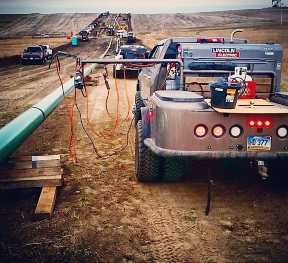 Navajo rig welder ready for that weld