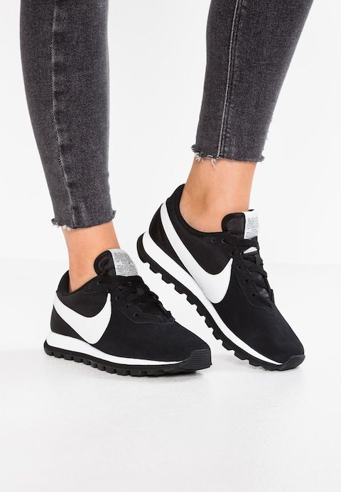 Nike Sportswear Pre Love O X Sneakers Laag Black Summit White Zalando Nl Nike Cortez Black Sneakers Nike